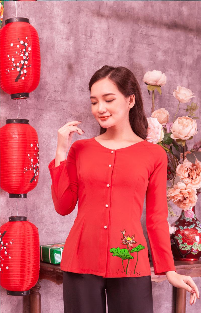 Áo bà ba hoa sen đỏ màu đỏ