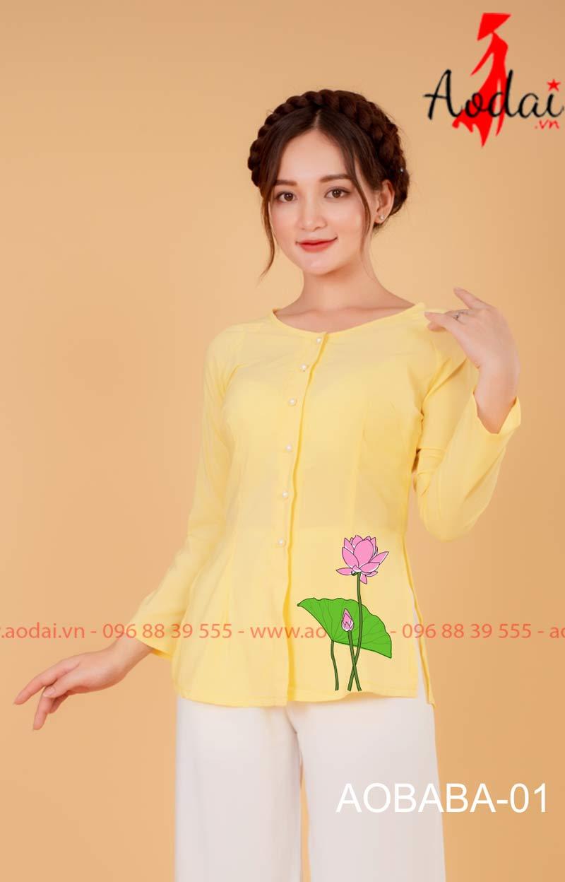 Áo bà ba hoa sen màu vàng - Quần trắng