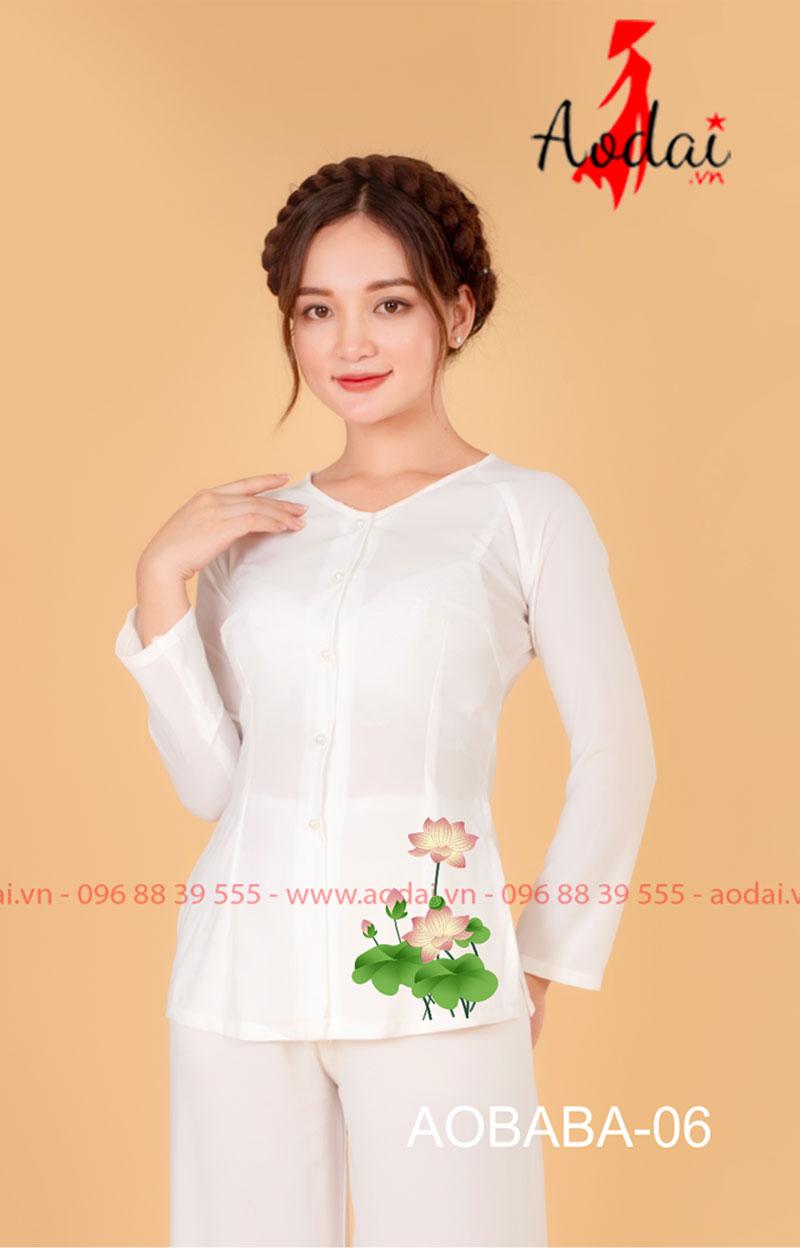 Áo bà ba hoa sen màu trắng - quần trắng 04