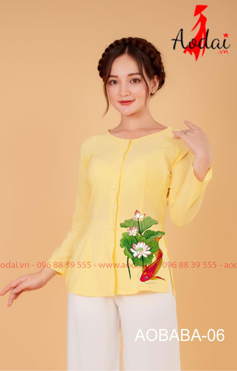 Áo bà ba hoa sen màu vàng - quần trắng 05