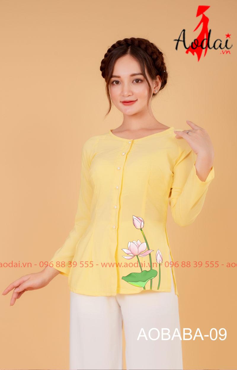 Áo bà ba hoa sen màu vàng - quần trắng 07
