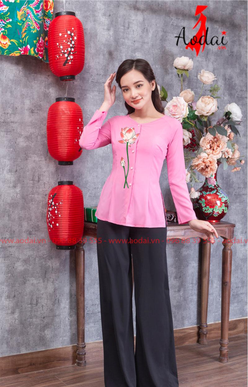 Áo bà ba hoa sen màu hồng