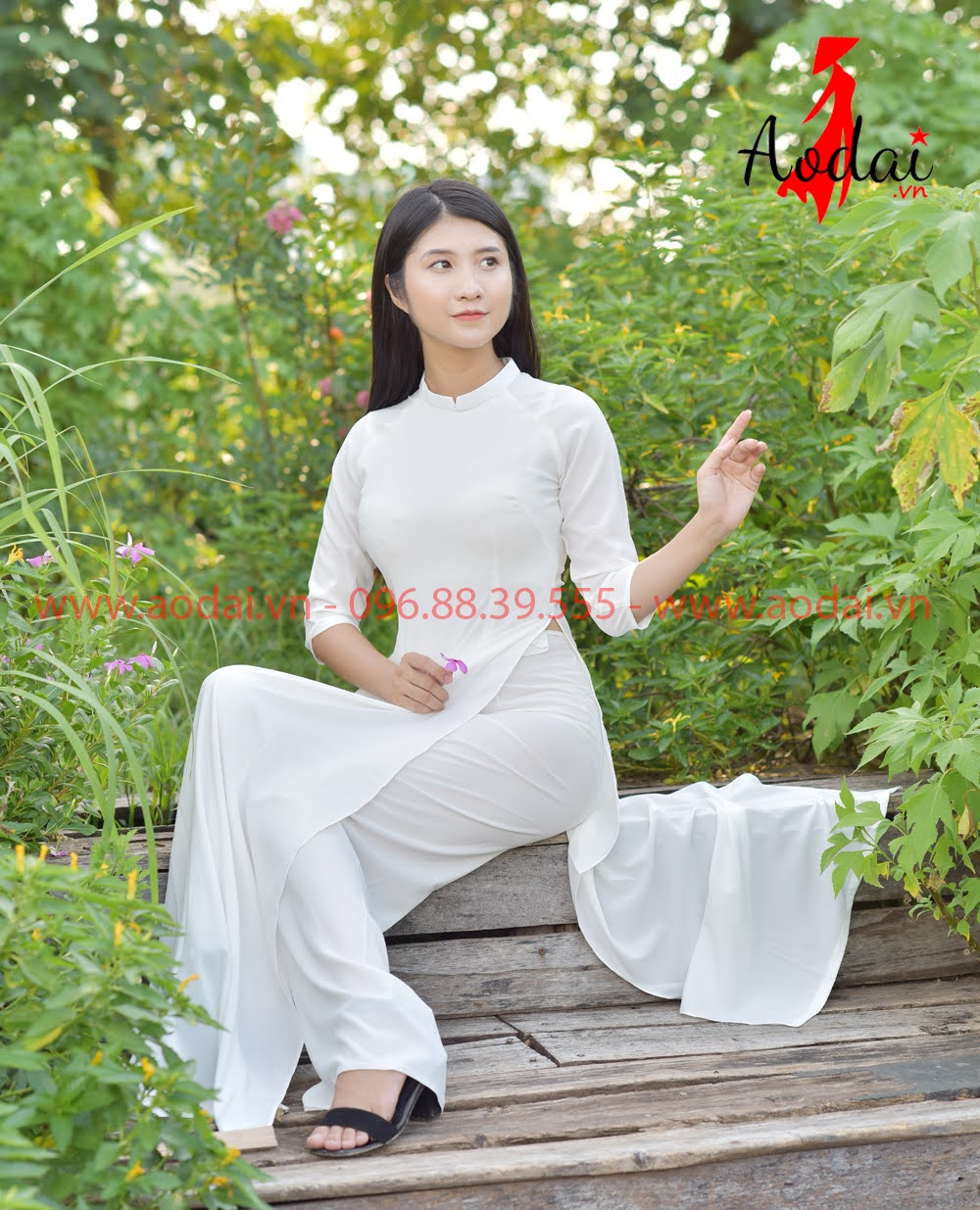 May áo dài tại Bạc Liêu