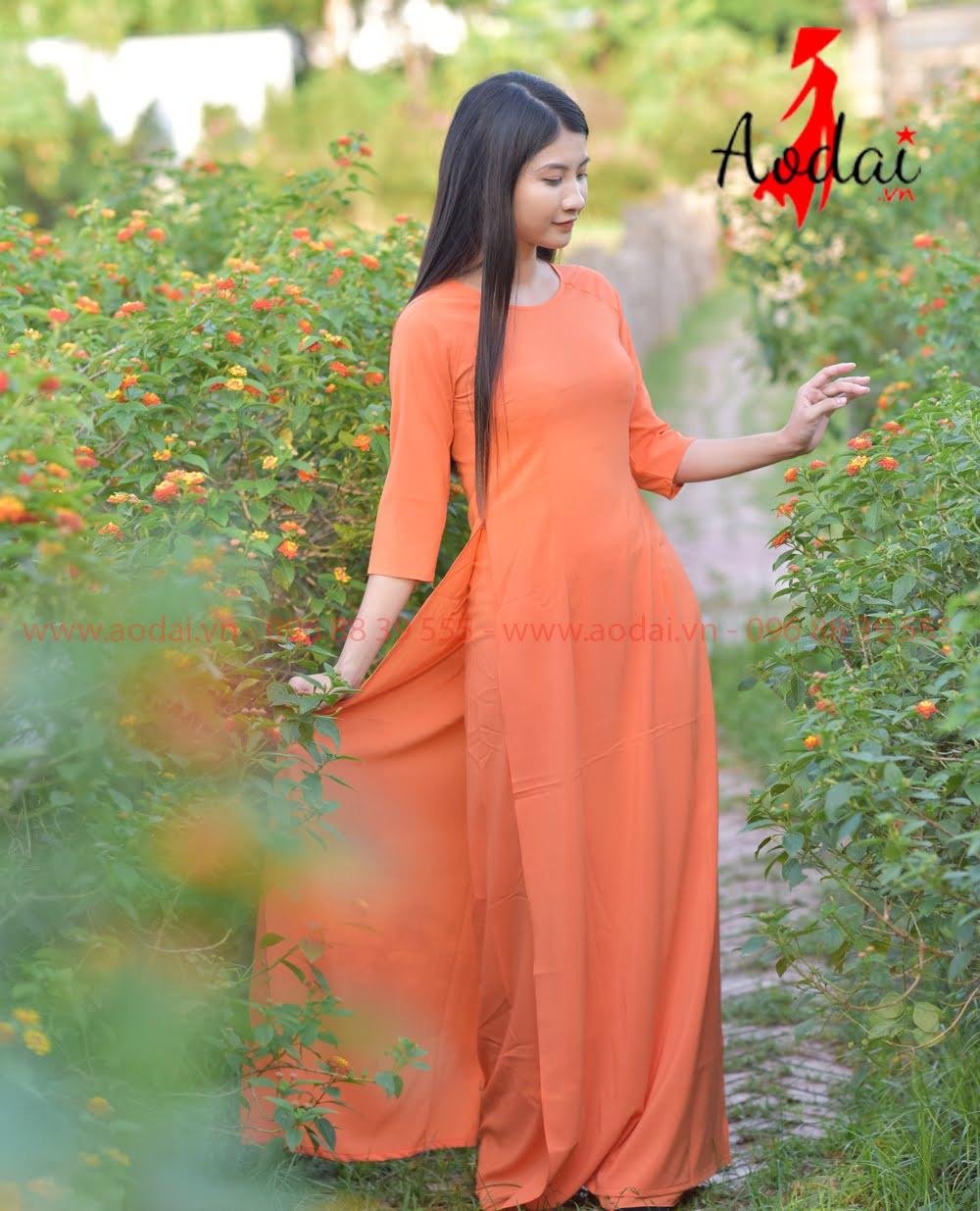 May áo dài tại Lai Châu
