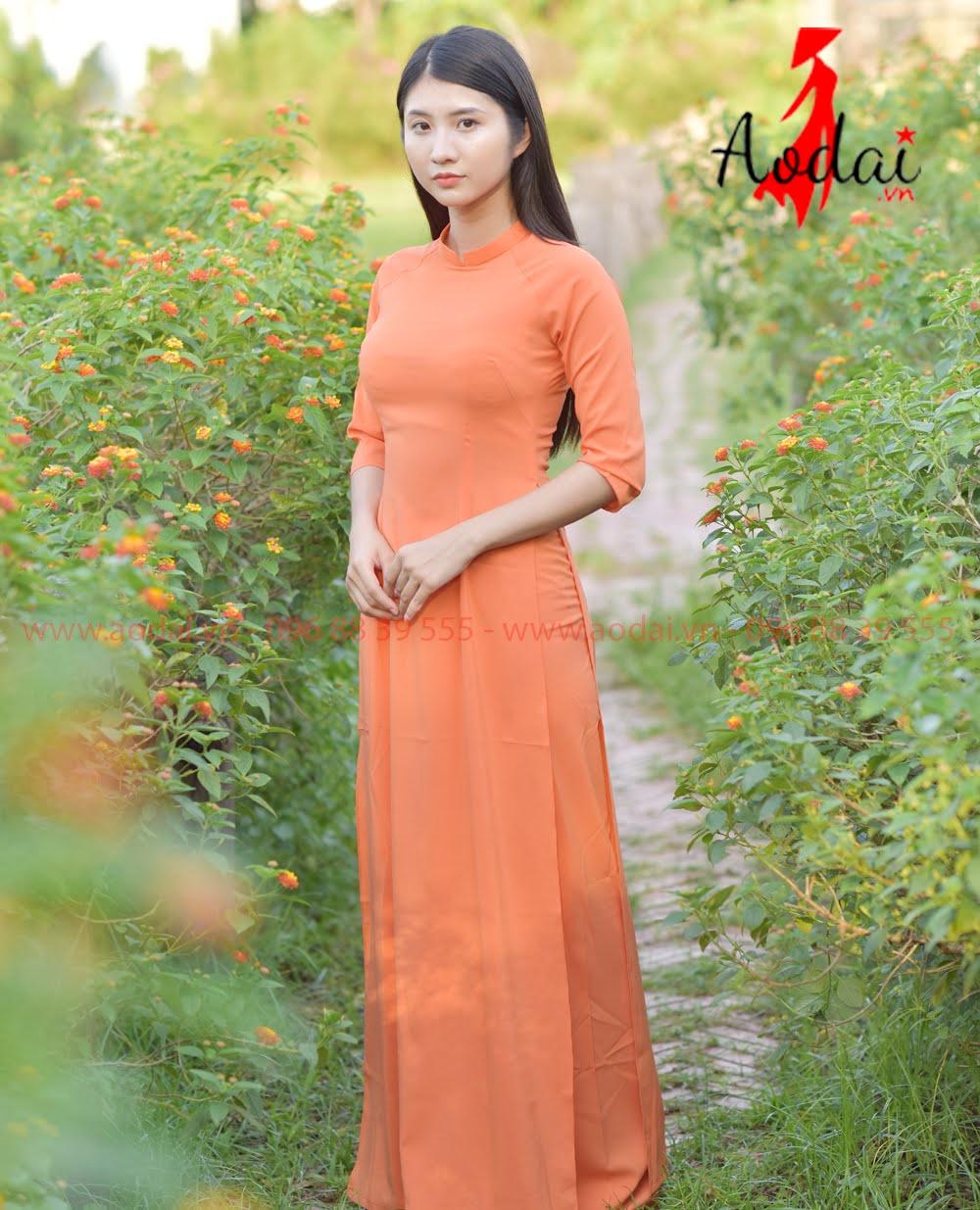 In áo dài tại Sơn Tây