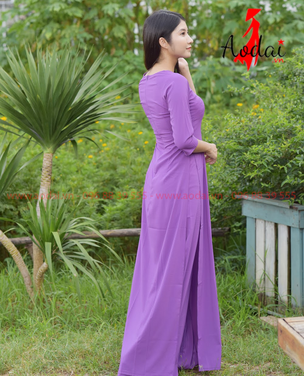 In áo dài tại Tân Bình