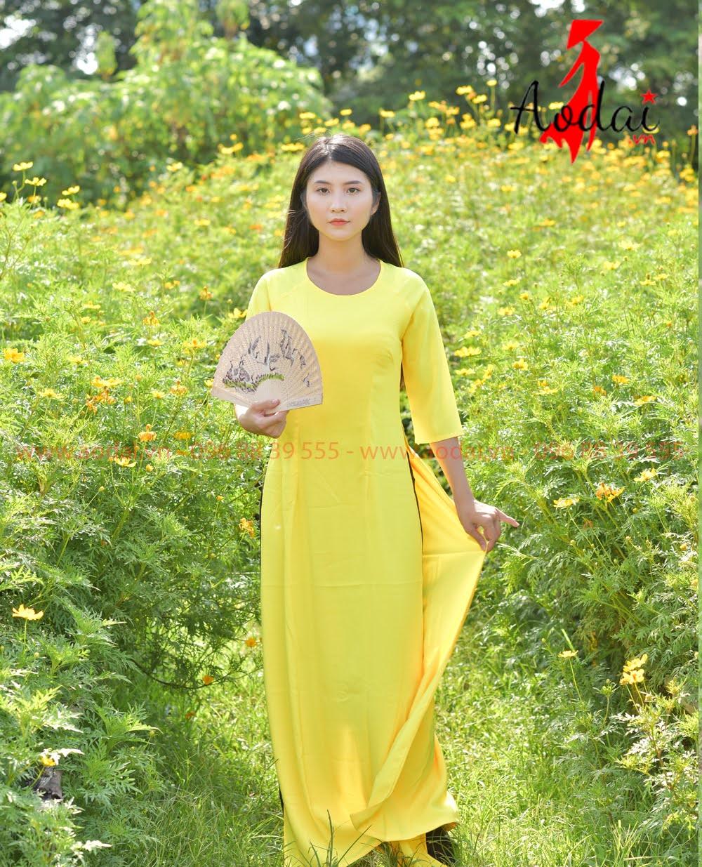 In áo dài tại Tây Ninh