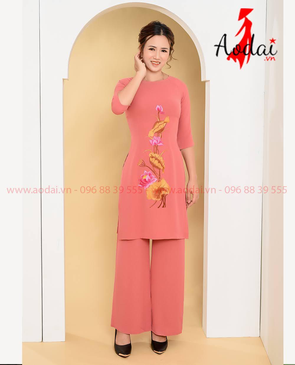 In áo dài tại Thanh Trì
