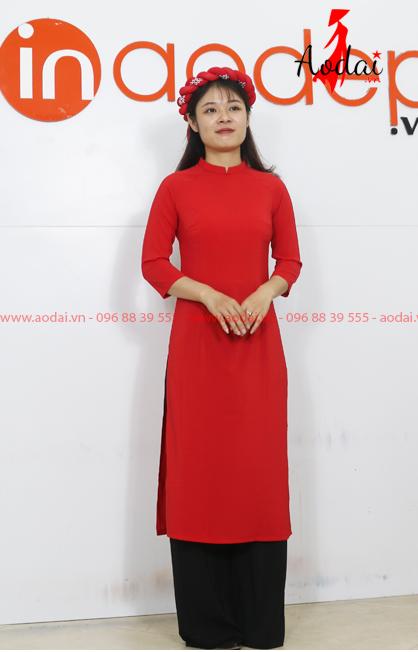 Áo dài cách tân màu đỏ - Quần đen