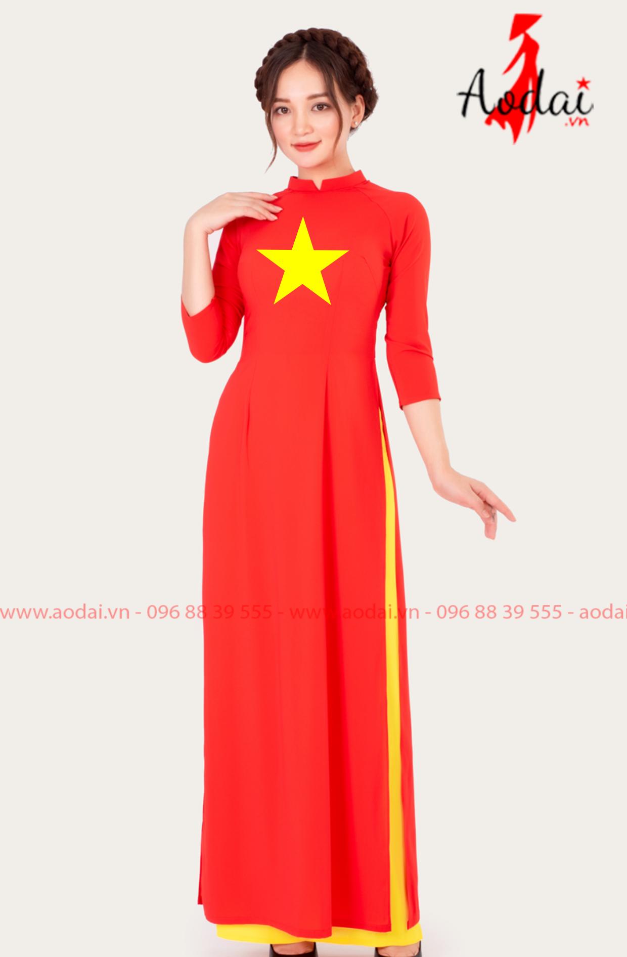 Áo dài nữ cờ đỏ sao vàng