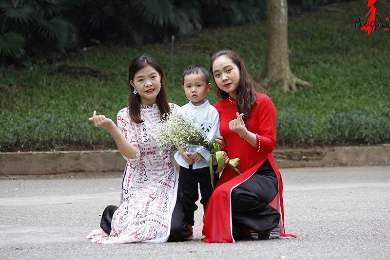 Áo dài giáo viên trường Mầm non Tomokid Kim Mã Hà Nội | Ao dai giao vien mam non