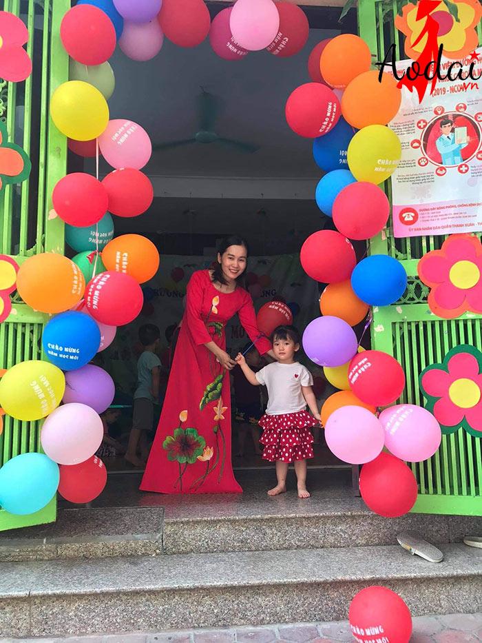 Áo dài giáo viên trường Mầm non Ánh Dương Hà Nội