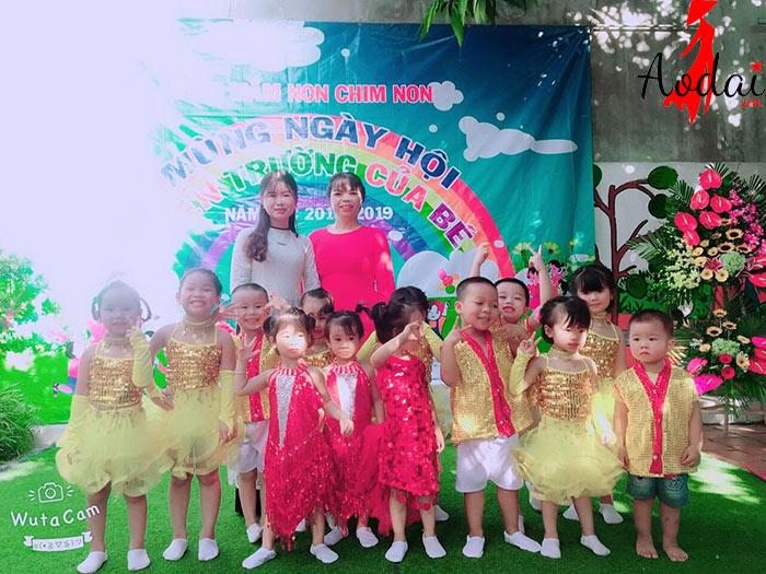  Áo dài giáo viên trường Mầm non Chim non Hà Nội