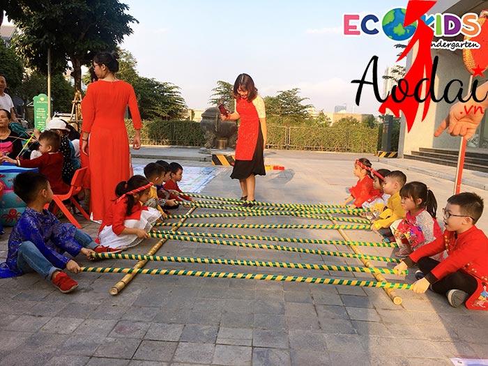 Áo dài giáo viên trường Mầm non Ecokidsanland Hà Nội  | Ao giao vien mam non