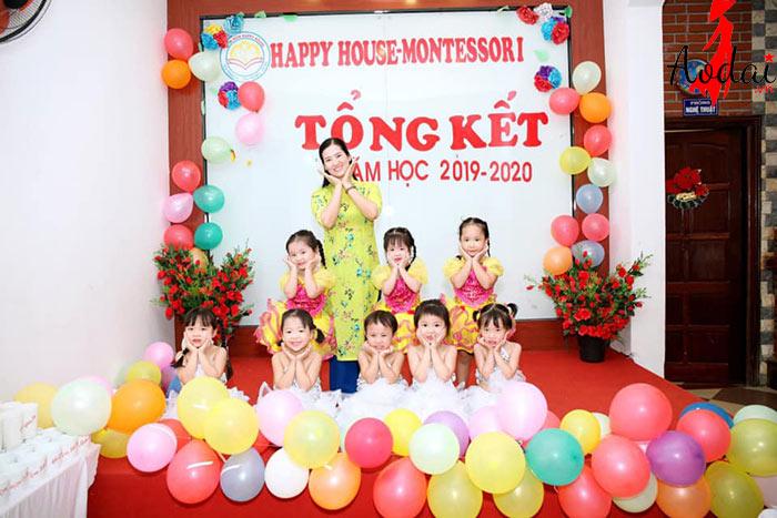 Áo dài giáo viên trường Mầm non Happy House - Montessori Hà Nội