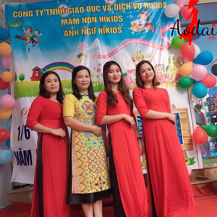 Áo dài giáo viên trường Mầm non Hikids Hà Nội