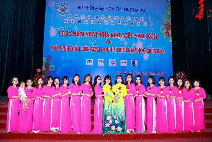 Áo dài giáo viên trường Mầm non Kid Care Hà Nội | Ao dai giao vien mam non