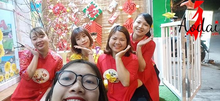 Áo dài giáo viên trường mầm non Mickey Hà Nội   Ao dai giao vien mam non