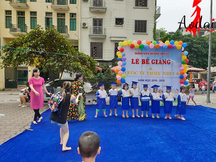 Áo dài giáo viên trường Mầm non Mishahouse Hà Nội