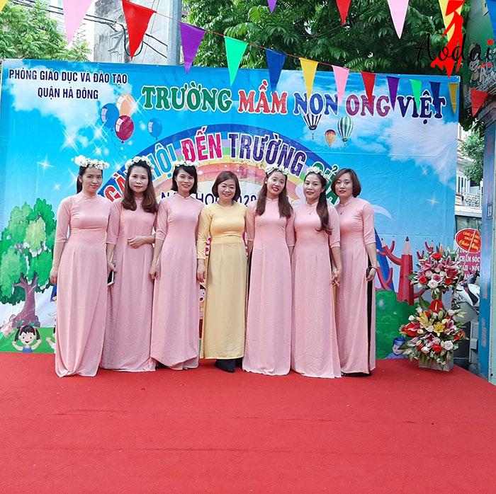 Áo dài giáo viên trường Mầm non Òng VIệt Hà Nội