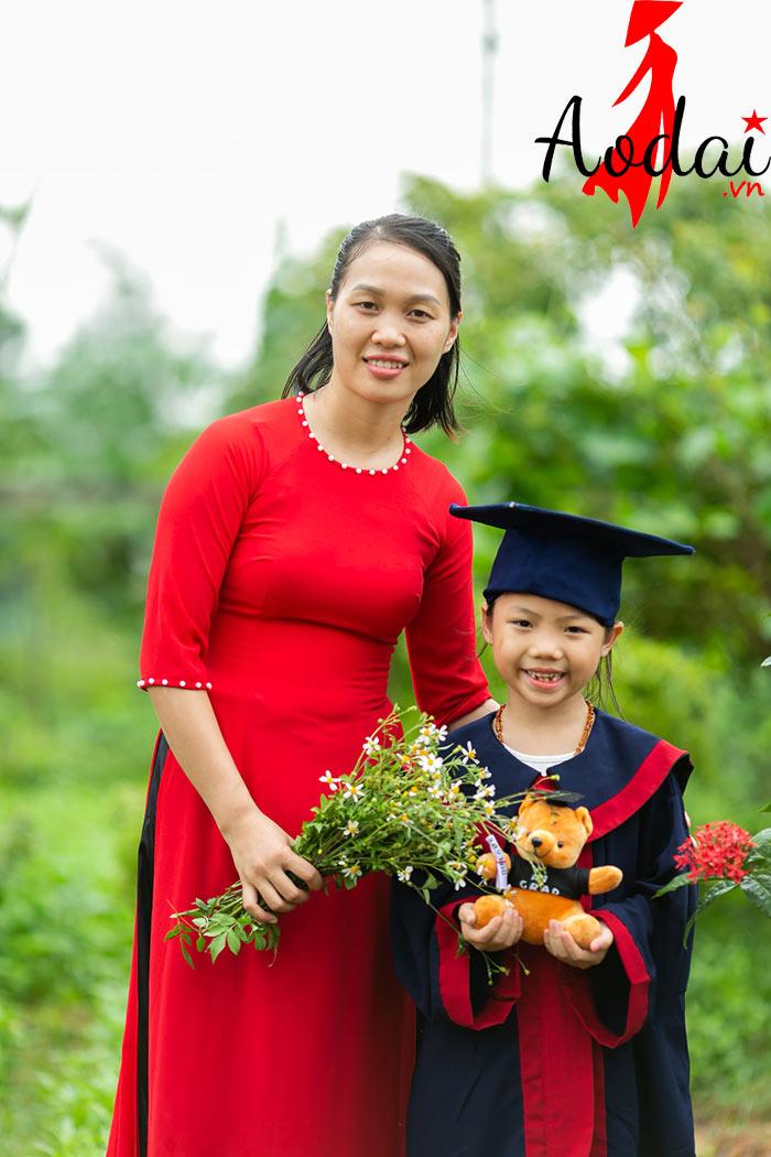 Áo dài giáo viên trường Mầm non Sao Việt Hà Nội