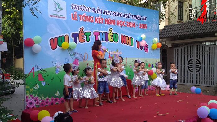Áo dài giáo viên trường Mầm non Song Ngữ Thiên An Hà Nội