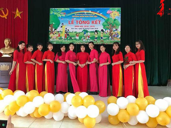 Áo dài giáo viên trường Mầm non Tâm Việt Hà Nội