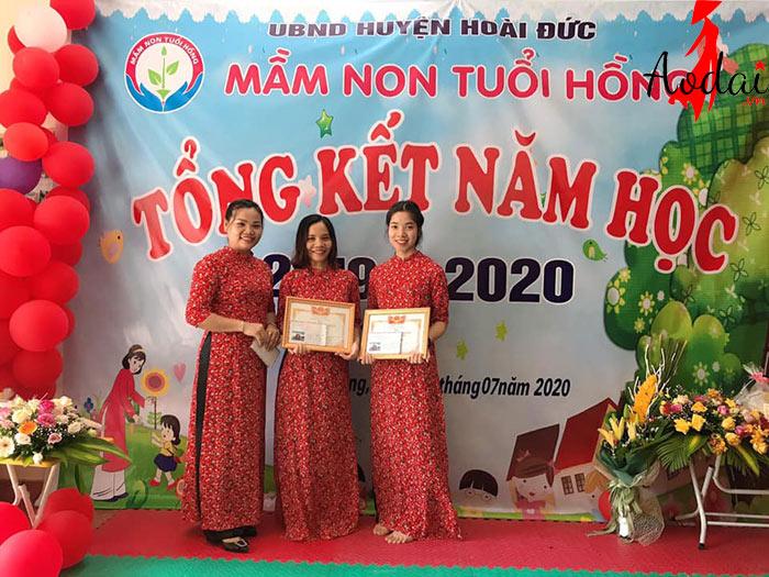 Áo dài giáo viên trường Mầm non Tuổi Hồng Hà Nội