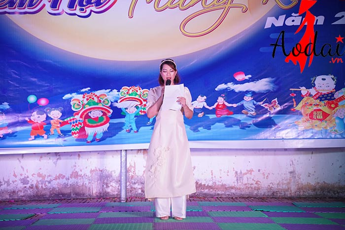 Áo dài giáo viên trường mầm non Tuổi thơ Hà Nội