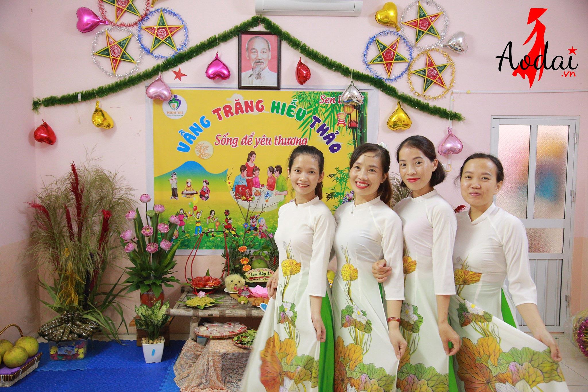 Áo dài giáo viên trường Mầm non Minh Trí Hà Nội