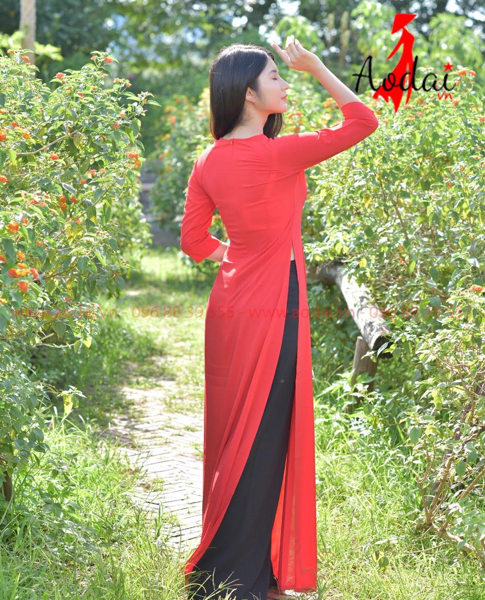 Áo Dài Nữ Mầu Đỏ Cổ tròn - Quần đen
