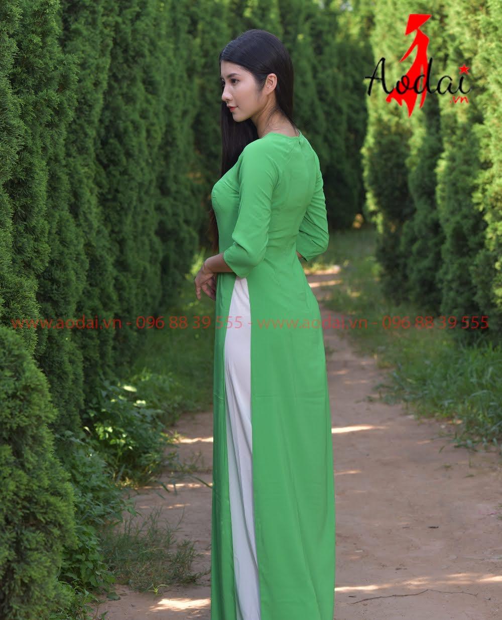 May áo dài tại Ðống Ða