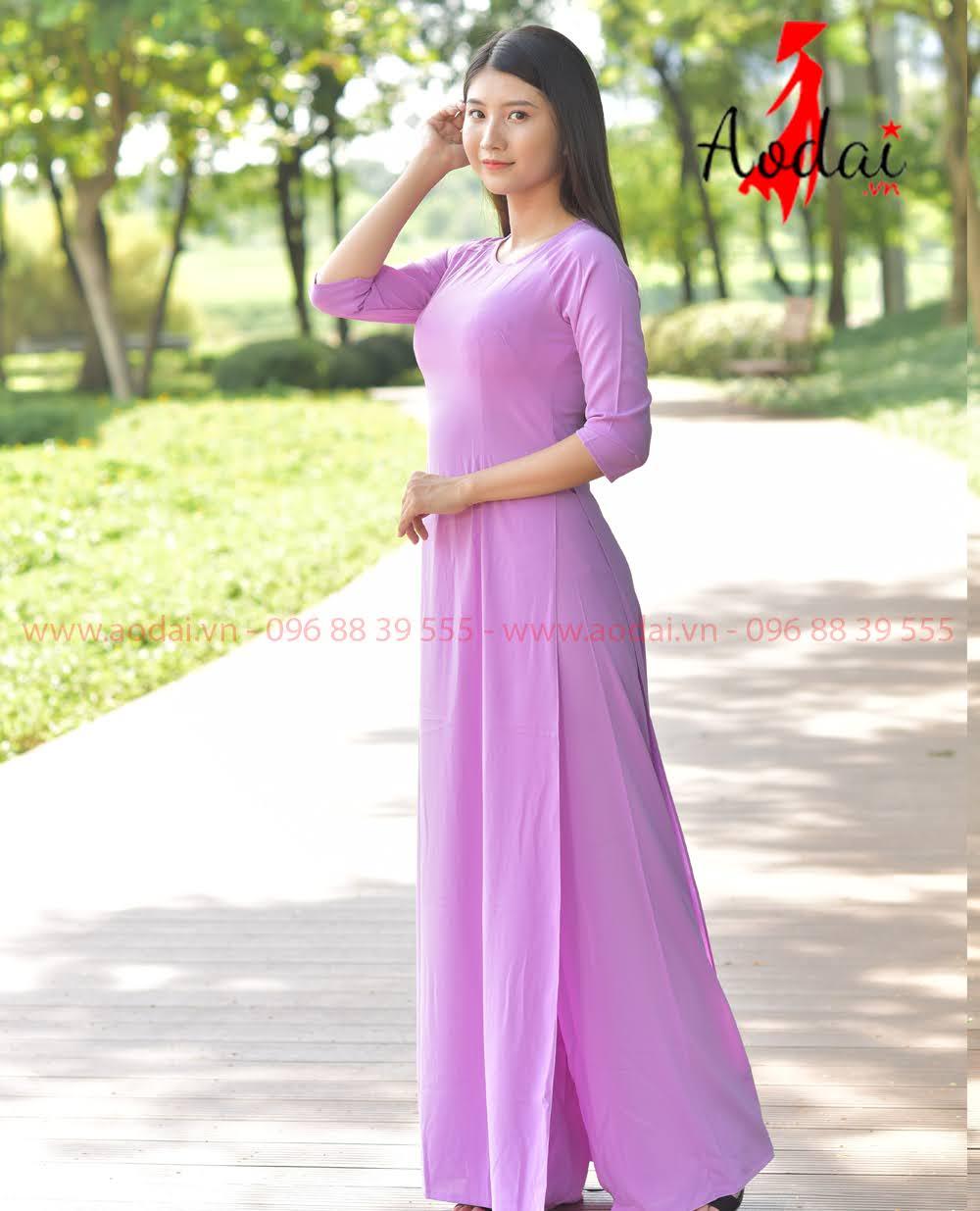 May áo dài tại Hà Ðông