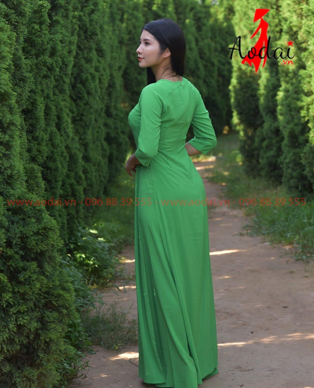 May áo dài tại Hà Nam