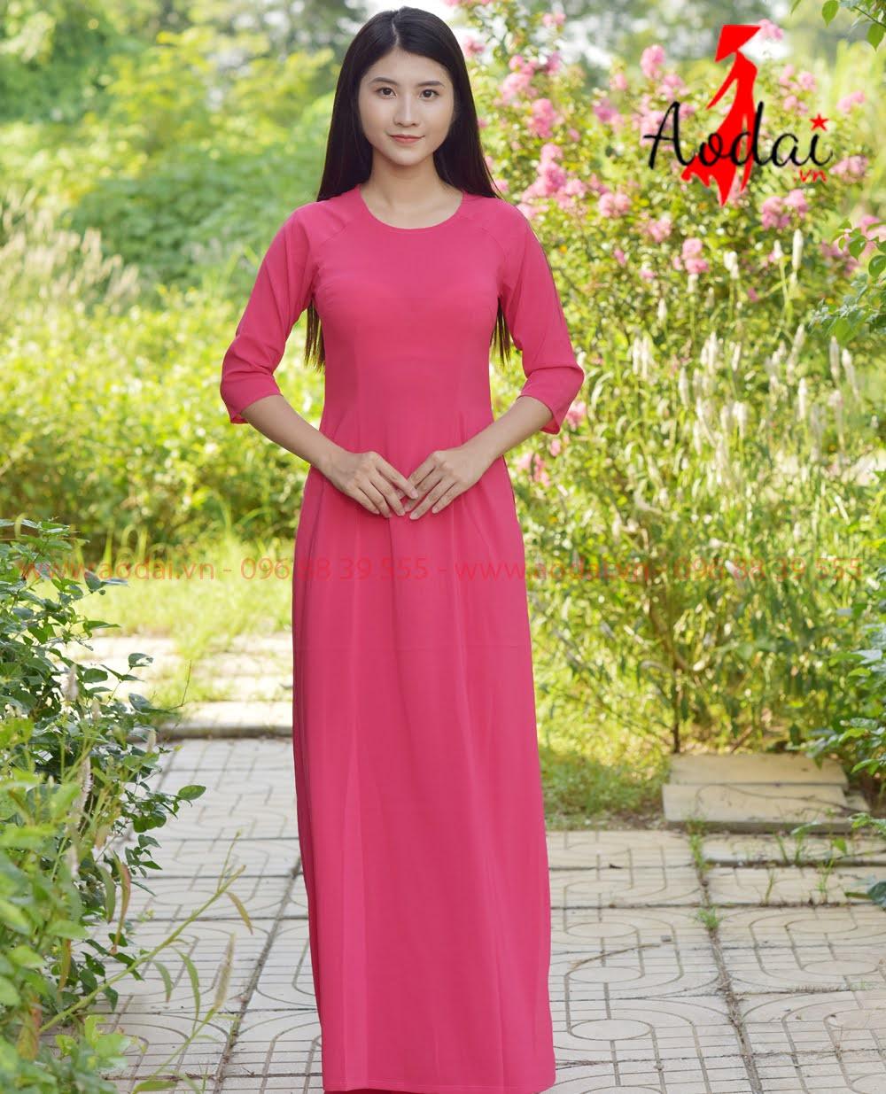 May áo dài tại Hưng Yên