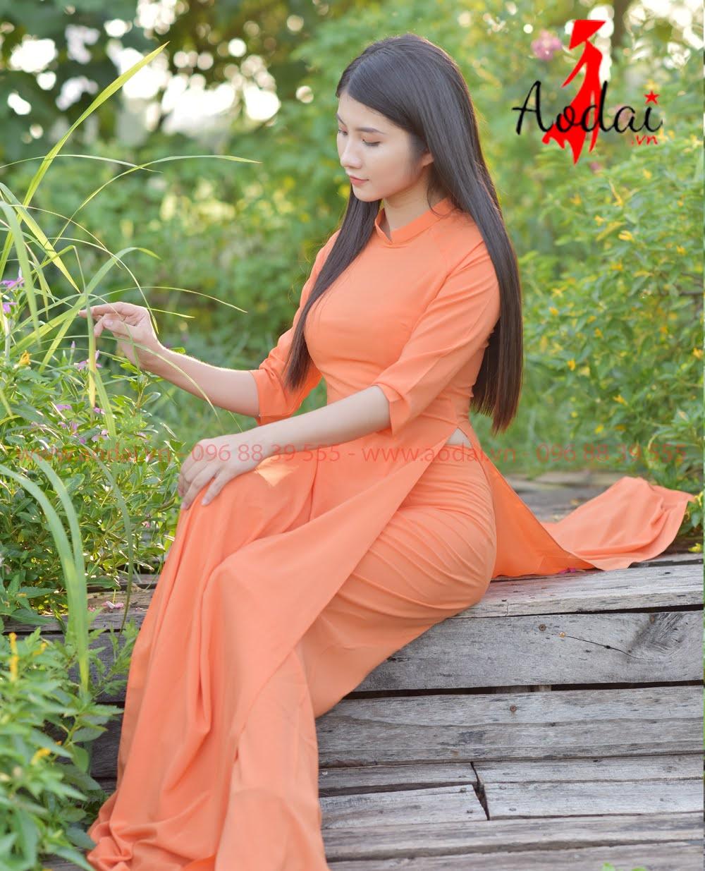 May áo dài tại Ninh Thuận