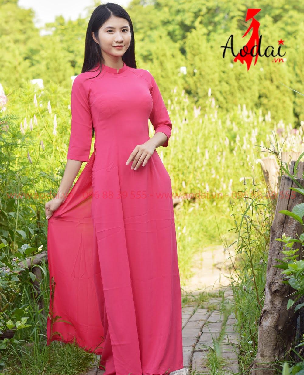 May áo dài tại Quảng Bình