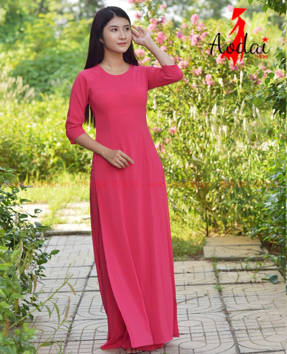 May áo dài tại Quảng Trị