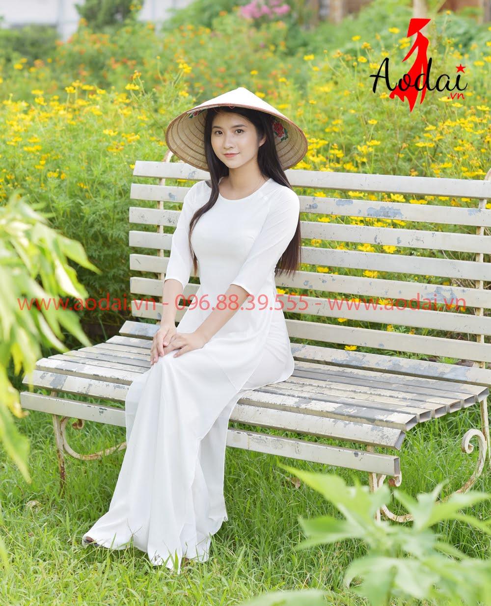 May áo dài tại Thanh Oai