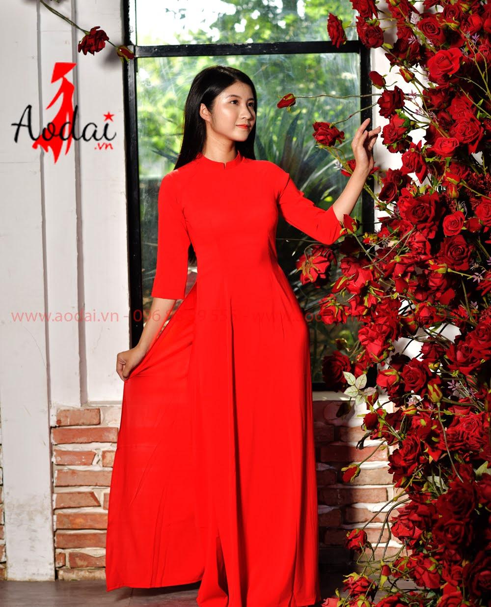 May áo dài tại Thanh Trì