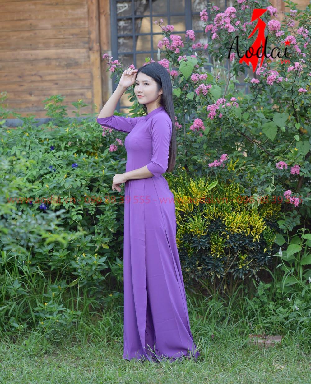 May áo dài tại Tân Bình